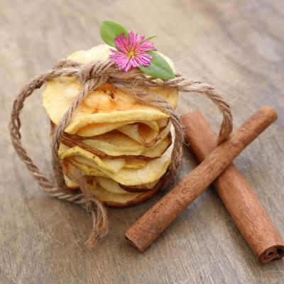 سیب خشک دارچین